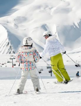 Family Room 14.-20.04.19 April Ski Package Deal Siegi Tours